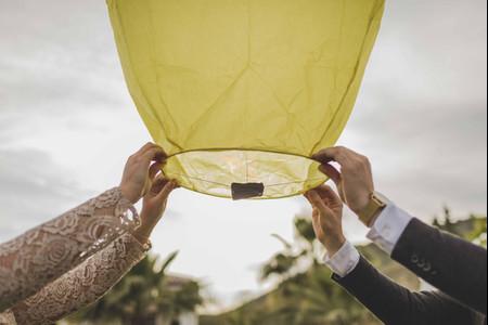 Lâcher de lanternes : avantages et inconvénients