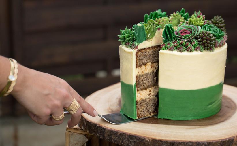Spécial banquet : gâteau blanc ou coloré ? 1