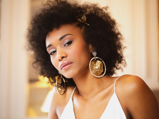 Invitées : plus de 20 idées de coiffures afro pour rayonner !