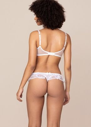 Fee Thong White, Agent Provocateur