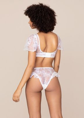 Fee Ouvert White, Agent Provocateur