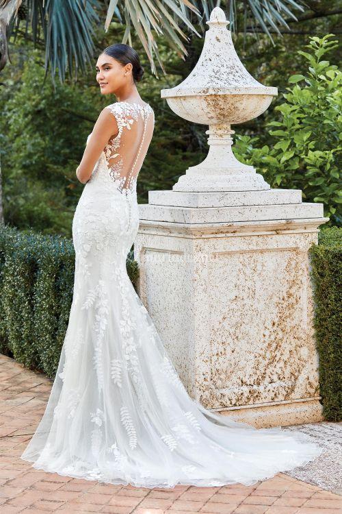 44213, Sincerity Bridal