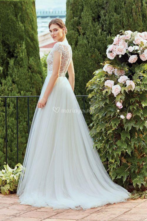 44207, Sincerity Bridal