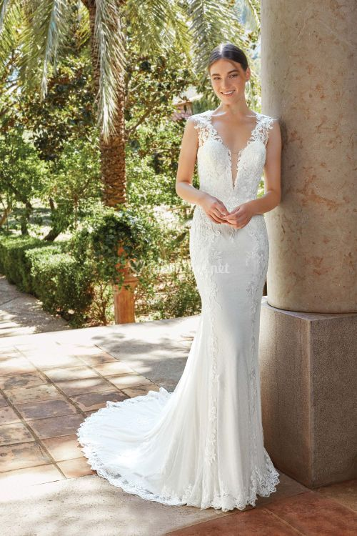 44204, Sincerity Bridal