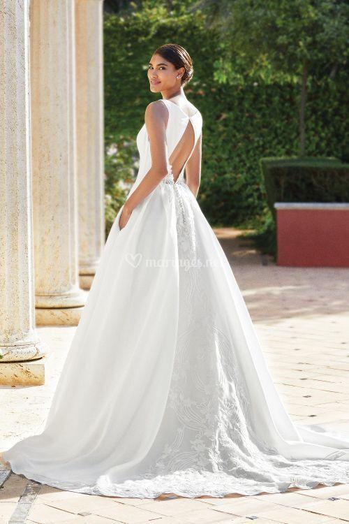 44195, Sincerity Bridal
