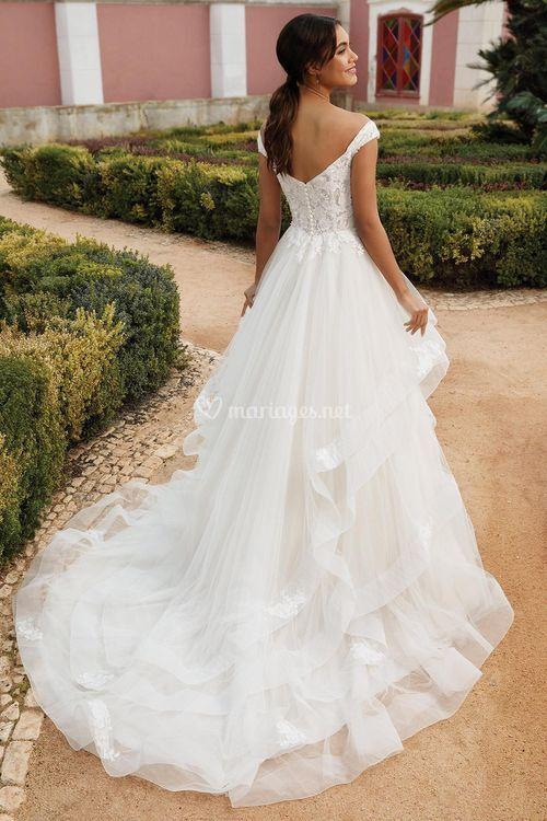 44248, Sincerity Bridal