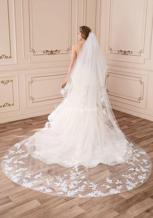 y22046 VEIL, Mon Cheri Bridals