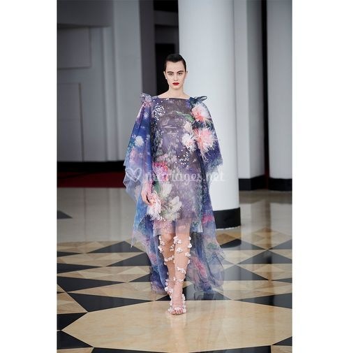 AM 009, Alexis Mabille
