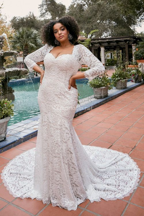 Kallie, Beloved By Casablanca Bridal