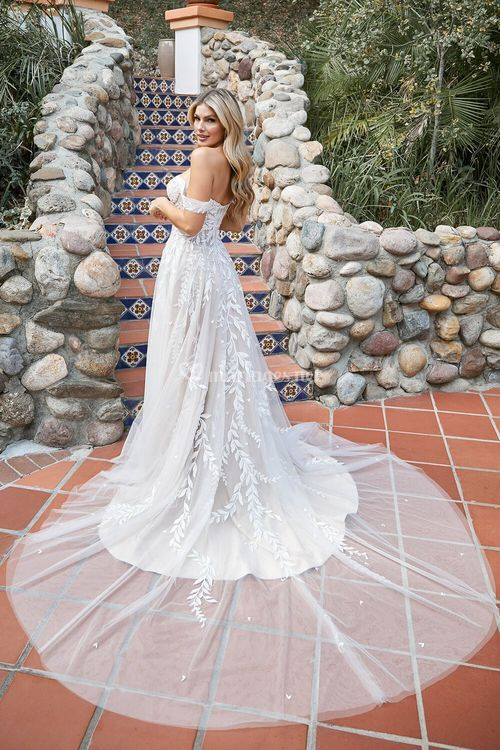Alanna, Beloved By Casablanca Bridal