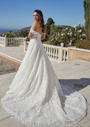 Addilyn, Casablanca Bridal