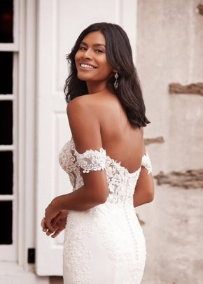 44267, Sincerity Bridal