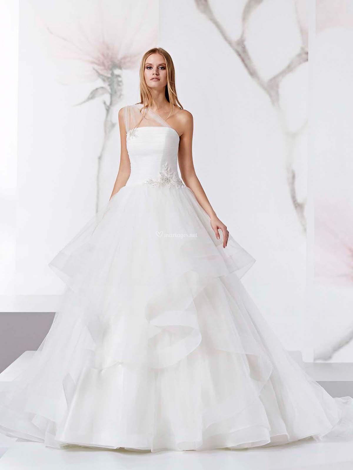 https   www.mariages.net robes-mariee jolies joab18469--v71054 ... d4e0731b069