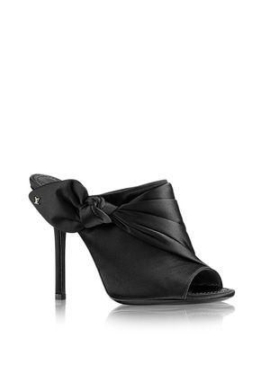 DRESS UP , Louis Vuitton