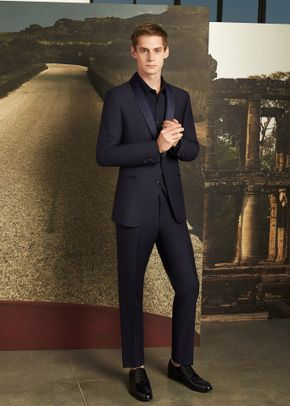 C 001, Collection Corneliani