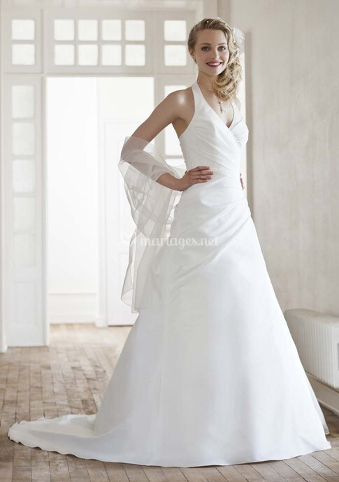 Azur robes de mari e eglantine cr ations - Eglantine emeye mariee ...