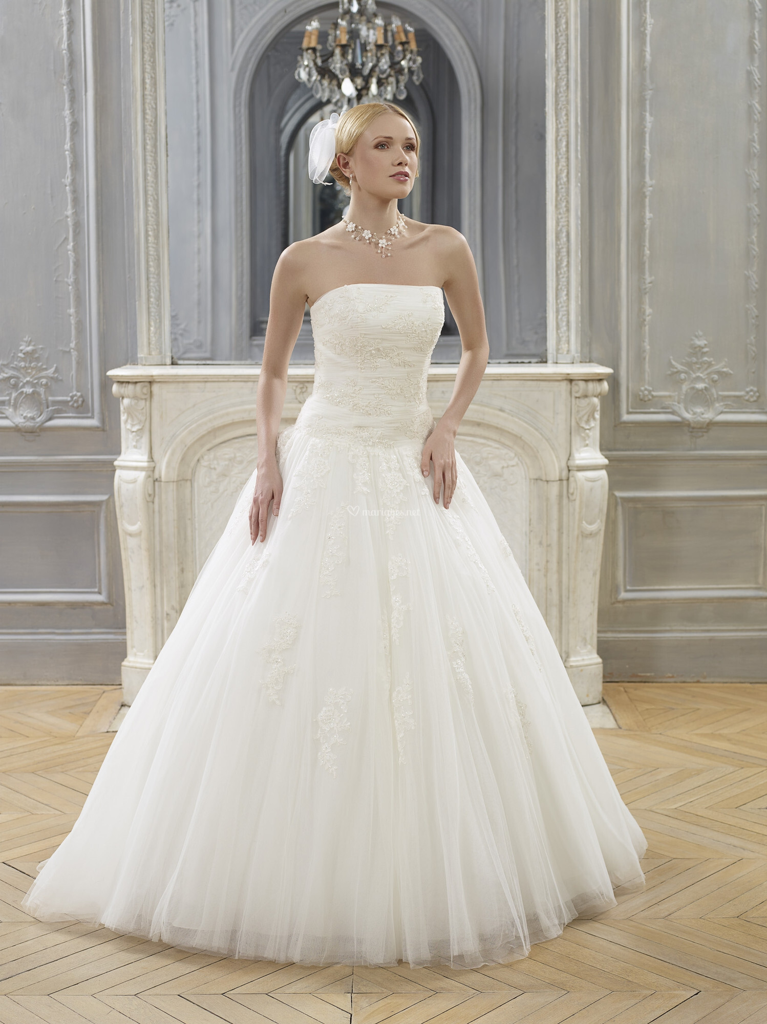 scille nl76 face robes de mari e point mariage. Black Bedroom Furniture Sets. Home Design Ideas