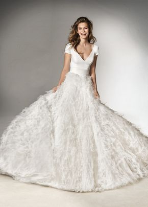 pleasure, Pronovias
