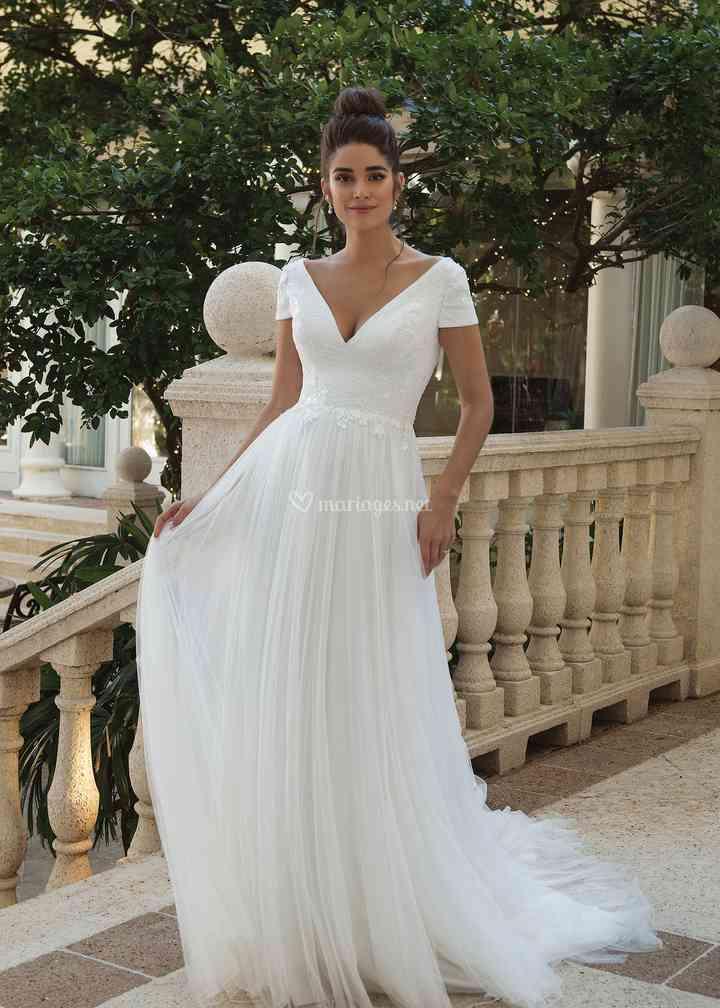 44089, Sincerity Bridal