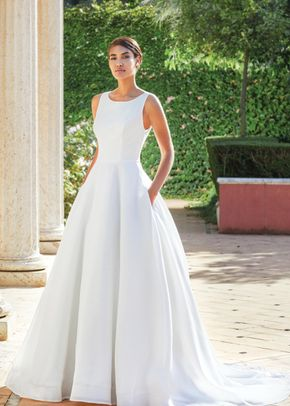 44072, Sincerity Bridal