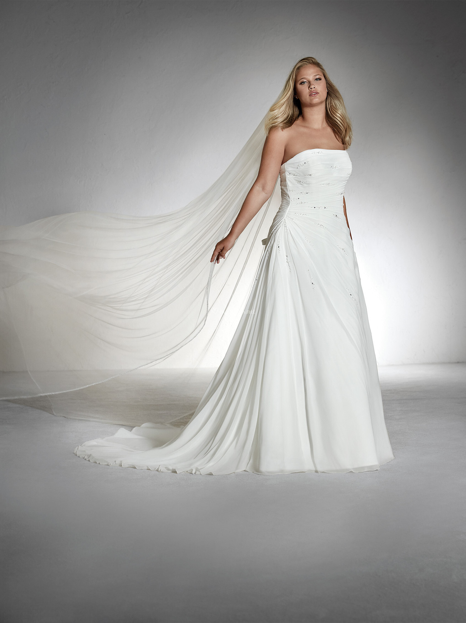 Robes De Mariee Sur White One Teresa Plus Mariages Net