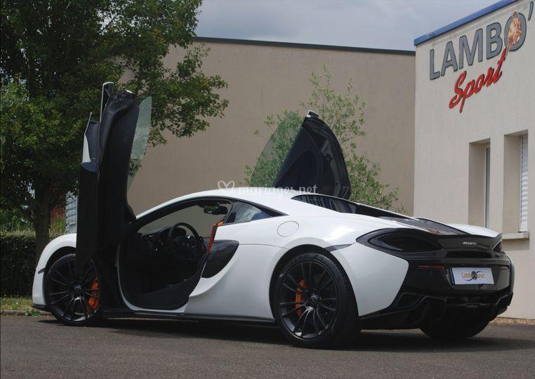 McLaren AR