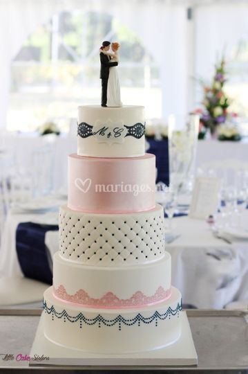 Wedding cake bleu, rose, blanc