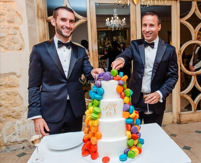 Wedding cake rainbow