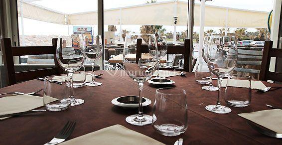 dressage de table de pica pica restaurant photos. Black Bedroom Furniture Sets. Home Design Ideas