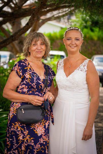 La mariée et sa mère
