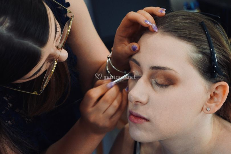 Essai du maquillage de mariée