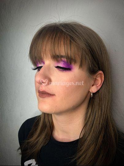Maquillage invité coloré