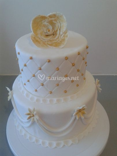 Wedding cake doré