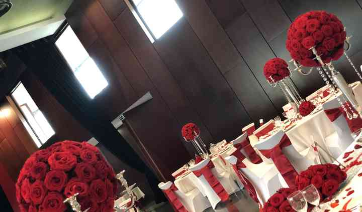 Mariage passion roses rouges