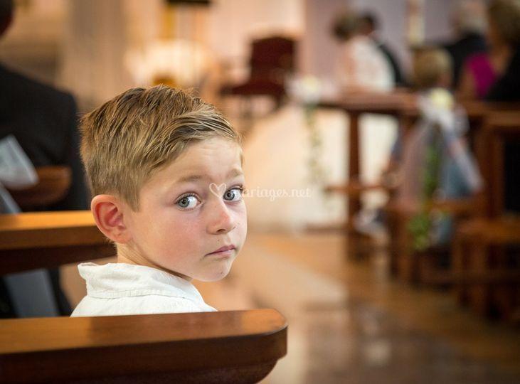 Dissipé à l'église