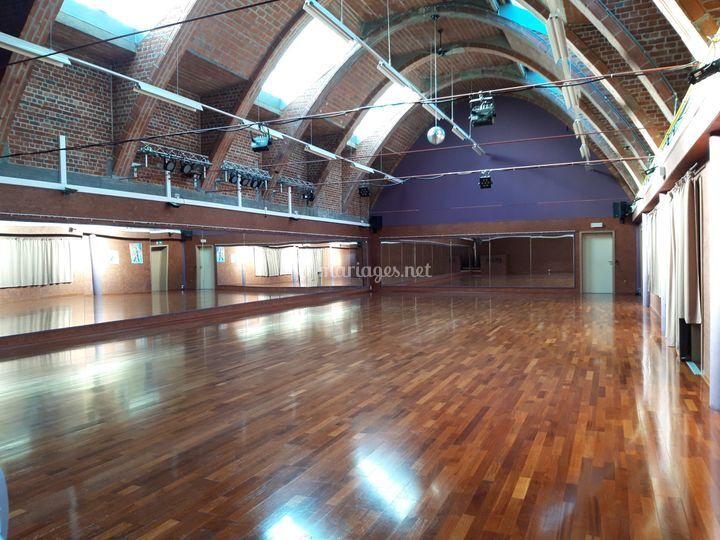 Gd salle de 200m² arches