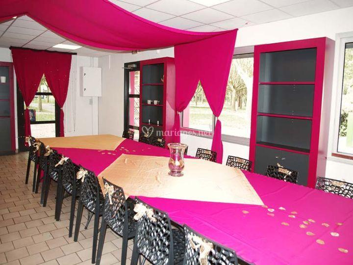 Salle de réception en rose