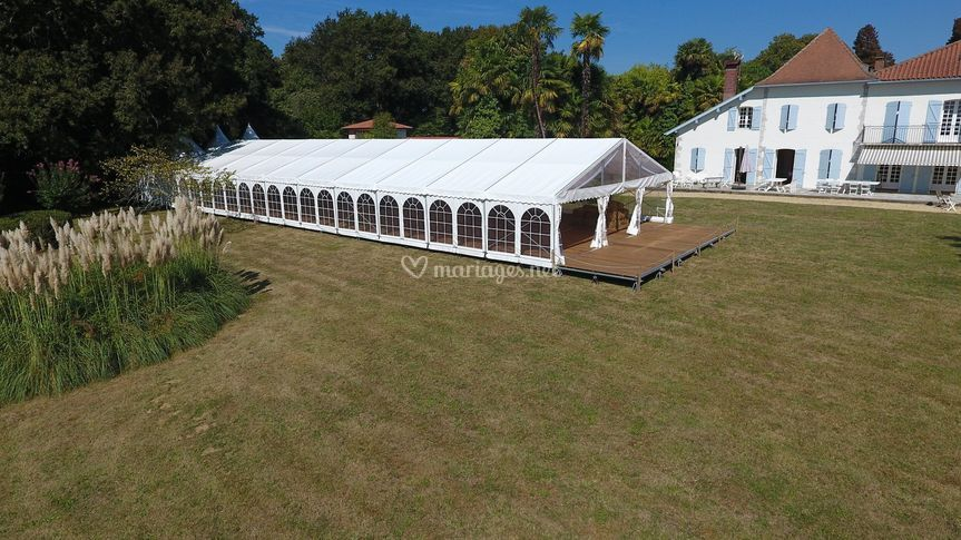 300 m² et terrasse