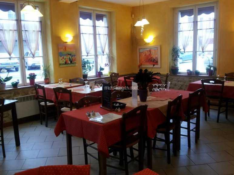 L Interieur De La Table Du Cure Photos