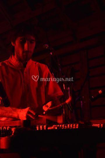 Lukas au cymbalum
