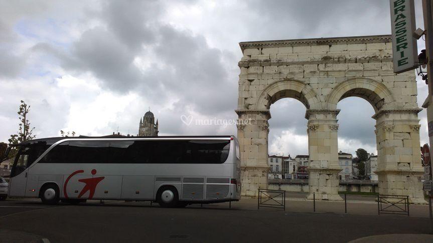 Car de Tourisme de 48 places