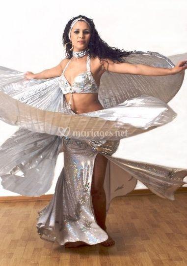 Danseuse orientale, argent