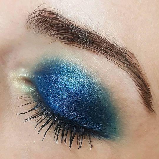 Smocky eyes bleu