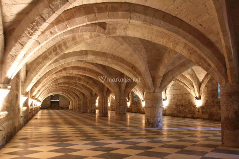 Celliers voutés Abbaye Royale