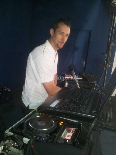DJ Greg