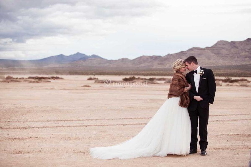 Portrait couple désert