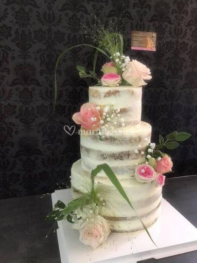 Nude cake anniversaire