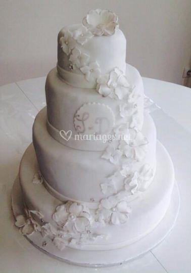 Wedding cake 300 parts