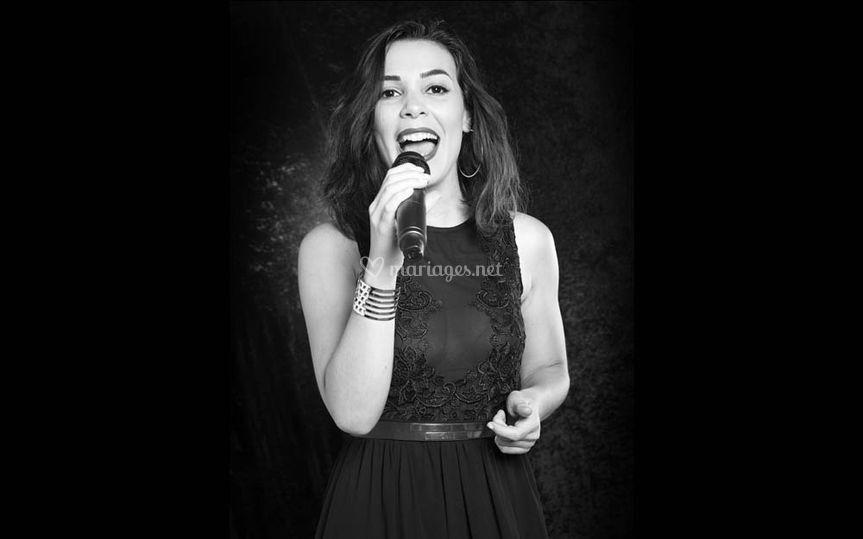 Alexiane, chanteuse