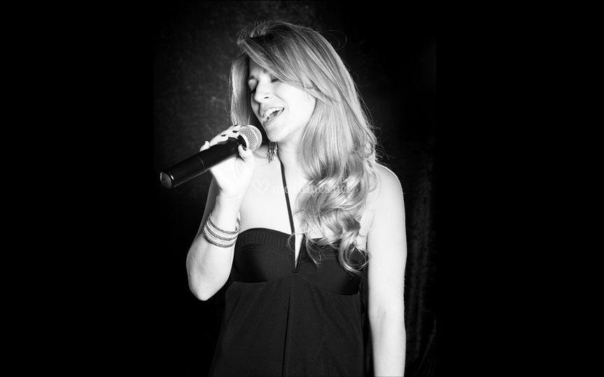 Marie-Laure, chanteuse
